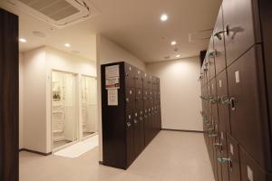フロント、プロテインBAR、ロッカールーム、シャワールーム4